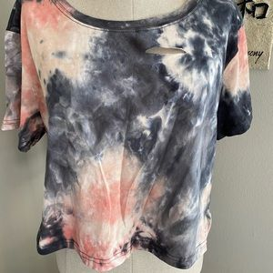 Tie-dyed distresses t-shirt